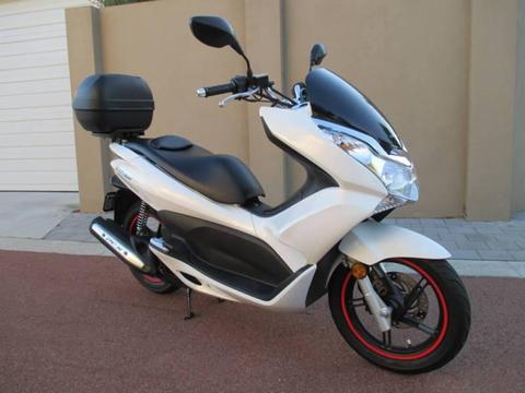 Honda PCX 150cc Scooter