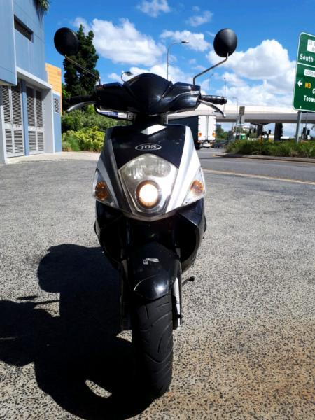 TGB R50x Scooter Moped Uber