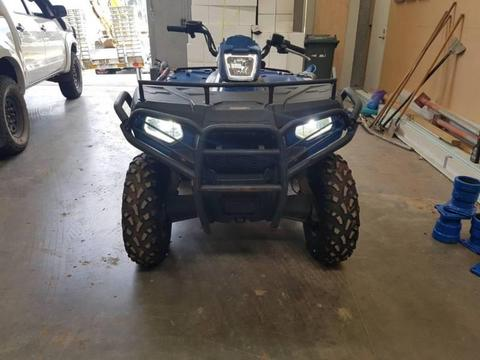 Polaris quad bike 4x4