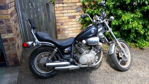 Yamaha Xv 750 Virago Motorbike