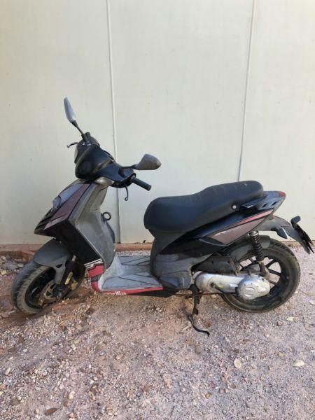 50cc scooter on sale $900