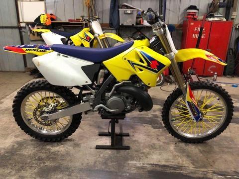 2010 K8 Rm250 2 stroke - LIKE NEW