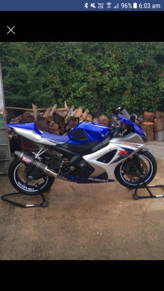 Gsxr1000 road bike