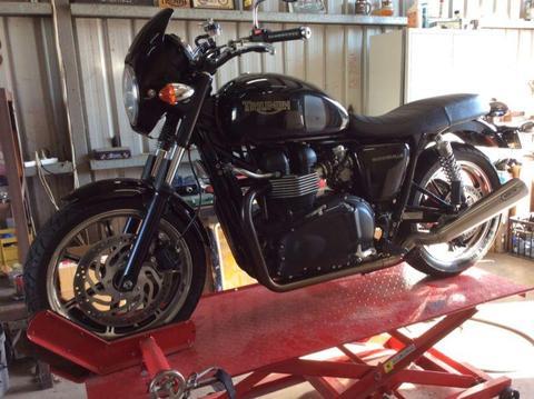 2012 TRIUMPH BONNEVILLE 865cc, S/S sports exhaust, V/G COND
