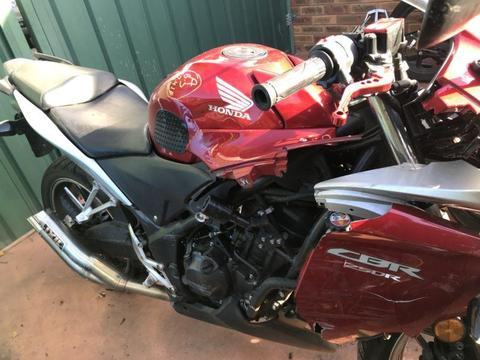 Honda CBR250R wrecking 2011
