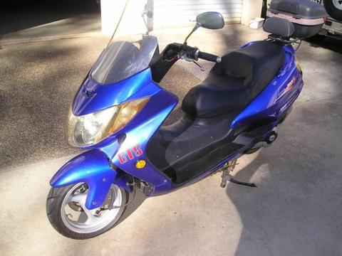 GTS Motor Scooter