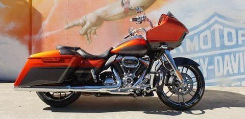 2018 Harley-Davidson CVO ROAD GLIDE 117 (FLTRXSE) Road Bike 1923cc