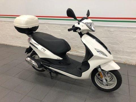 2015 Piaggio FLY 150 IE 3V Road Bike 154cc