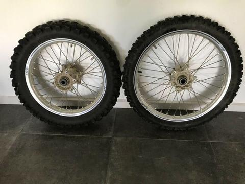 Takasago excel rims and tyres