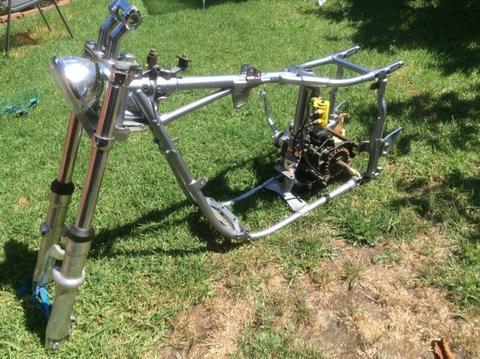 81 Harley frame & Gear box