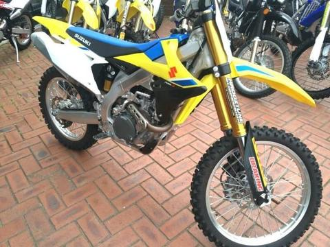 Suzuki RMZ450 2018, approx 10 hrs use