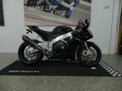 2011 Aprilia RSV4 R 1000CC Sports 999cc
