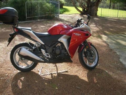 Honda CBR250R LAMS