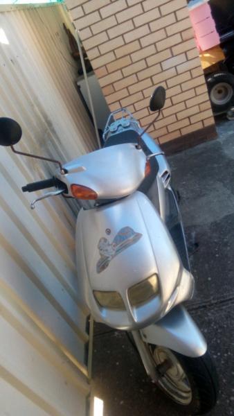 Sym 50cc scooter $800