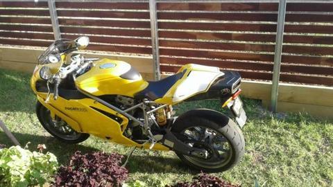 DUCATI 999S MOTORCYCLE