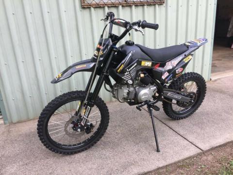 Motorbike Atomik 160cc