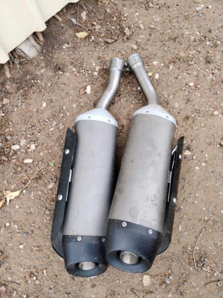R1 Yamaha Exhausts