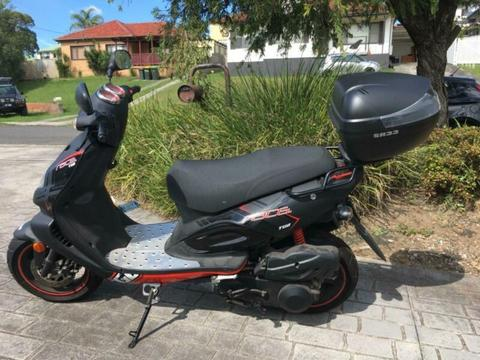 Scooter TGB XRACE