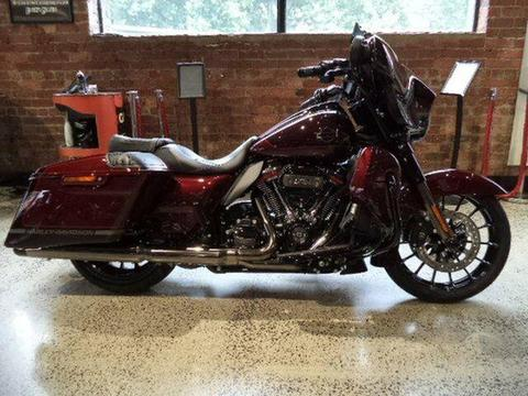 2019 Harley-Davidson CVO STREET GLIDE 117 (FLHXSE) Road Bike 1923cc