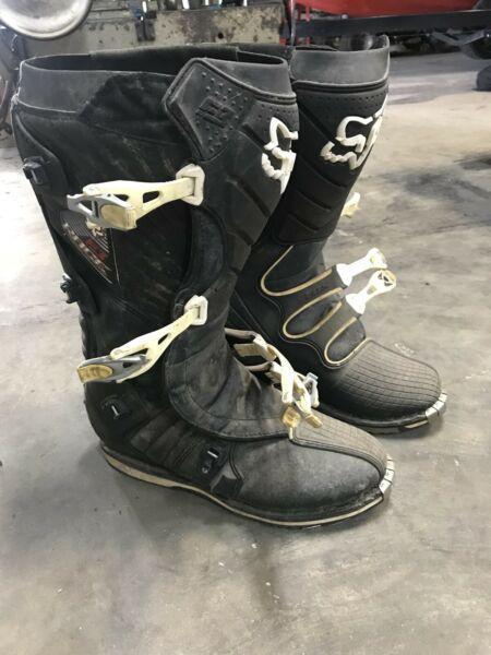 Motocross boots Fox Race F3