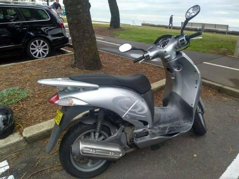 Honda scooter for sale!