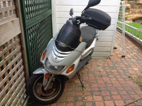 Scooter tgb 150