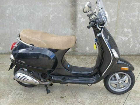 2009 Vespa LX 150 Road Bike 150cc