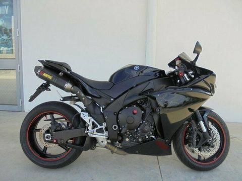2011 Yamaha YZF-R1 1000CC Sports 998cc