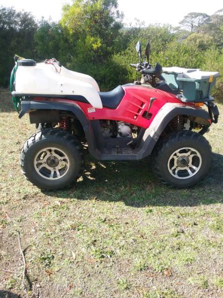 Hawkeye 300cc 4x4 quad bike / farm bike