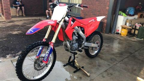 2013 crf250r fuel injection