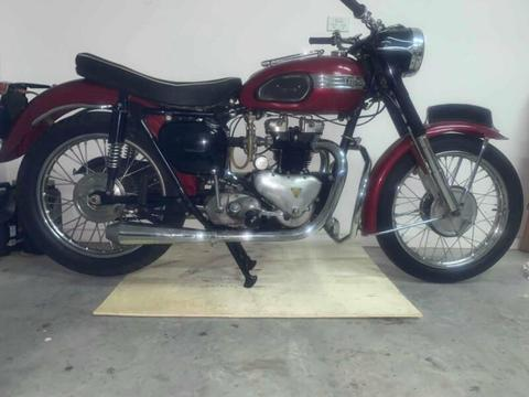 Triumph speed twin 1957