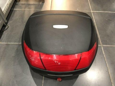 For sale Top Box 35L fits piaggio kymco sym pgo honda yamaha