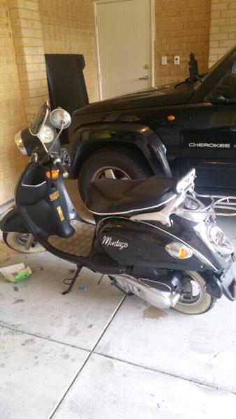 Vmoto Montago Scooter 150cc