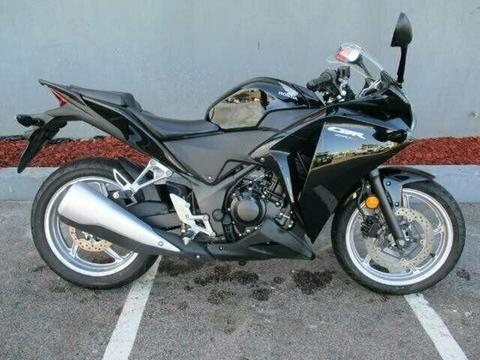 2011 Honda CBR250R ROAD 249cc