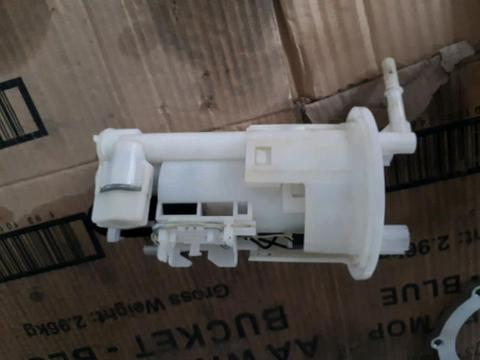2008 triumph street triple fuel pump