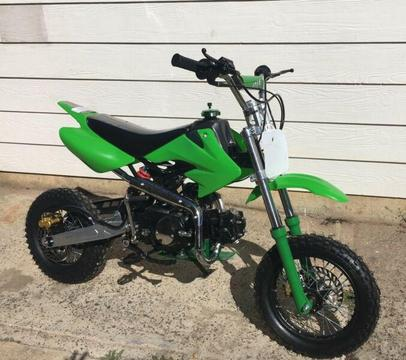 90cc Dirt Bike Thumpstar Style** Brand New**
