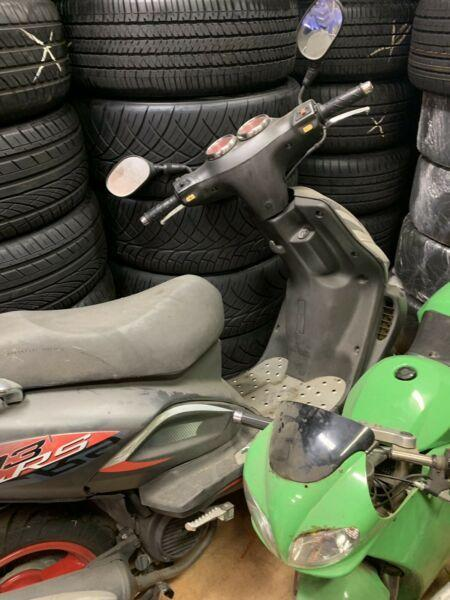 TGB 303 rs scooter