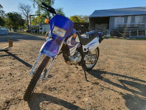 200cc motorbike