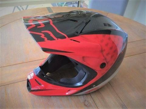 FOX V3 Pilot Carbon Fibre Pro Motorcycle Helmet - Size XL 61cm - 62cm