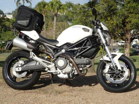 Ducati Monster 659 ABS