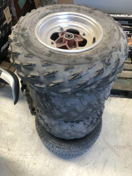 Raptor 660 / 700 rims and tyres set