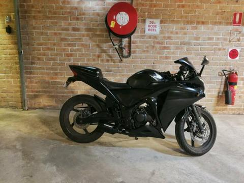 Selling my Honda CBR250R ABS