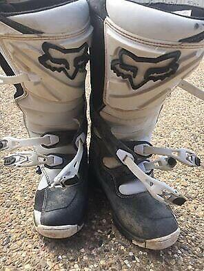 FOX RACING MX BOOTS ADULT SIZE 9