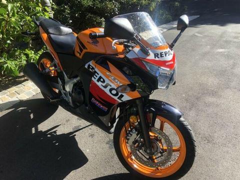 Honda CBR250R Repsol ABS