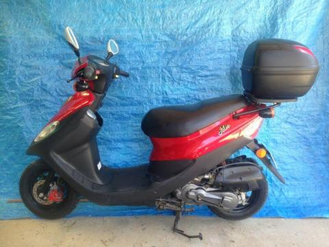 Sym 50cc Bolwell Scooter. For Sale
