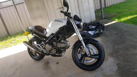 Ducati Monster 600 LEARNER APPROVED