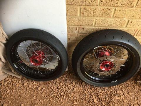 sm pro supermoto wheels husqvarna