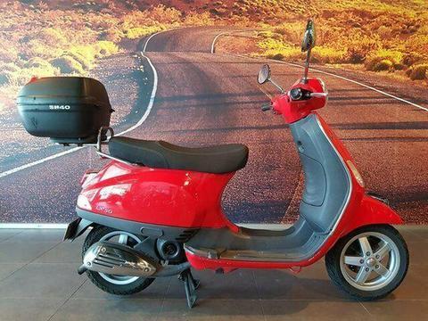 2013 Vespa LX 50 Road Bike 50cc