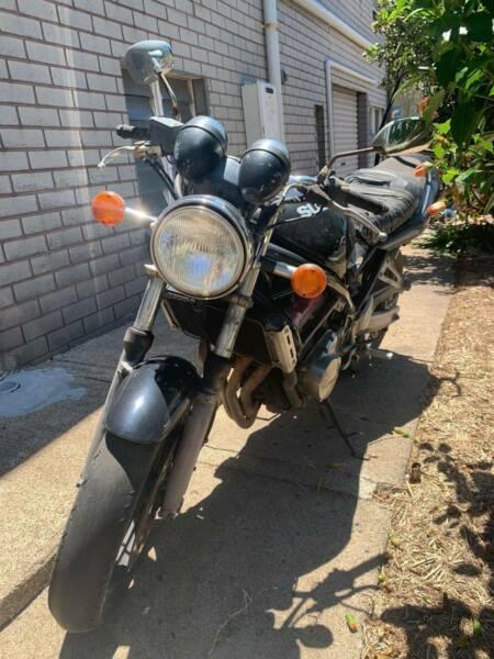 Suzuki GSF250 Bandit Motorcycle
