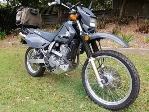 suzuki 650 motorcycle